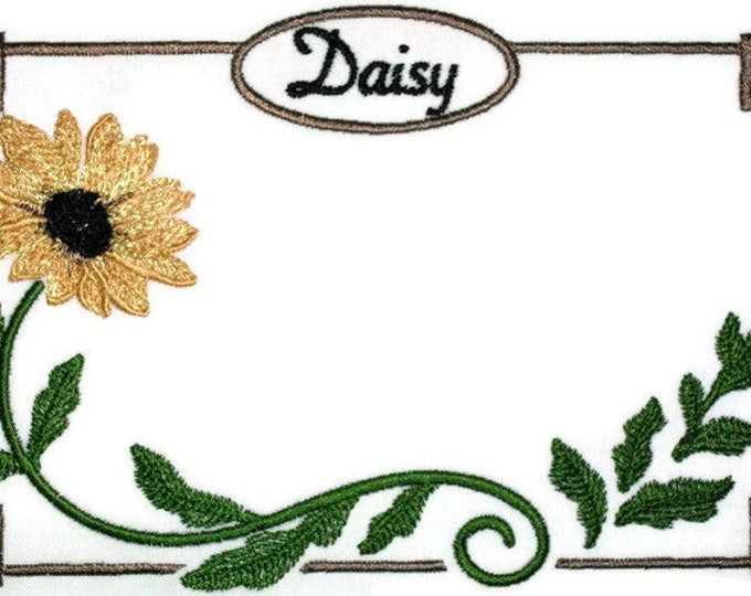 Daisy embroidered quilt label for blocks or tops, to customize with your personal message
