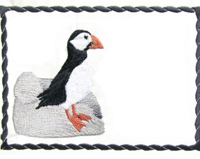 Puffin Bird embroidered quilt label to customize with your personal message