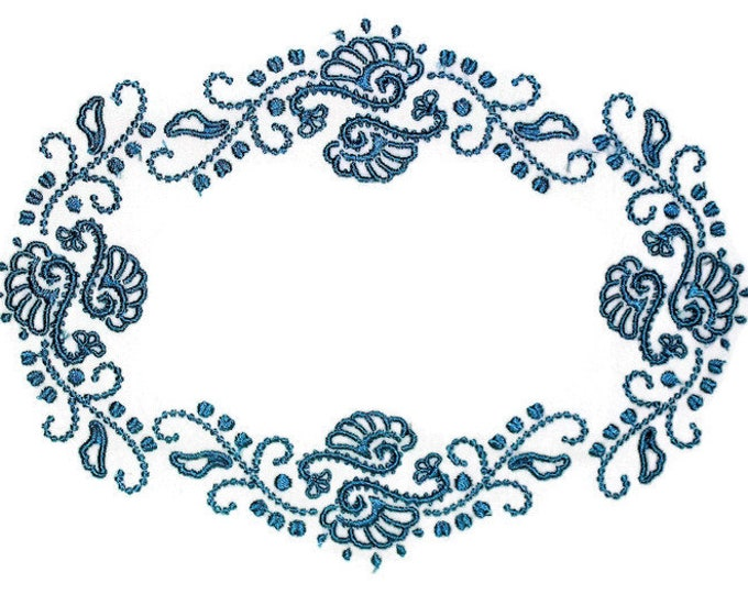 Blue candlewick filigree embroidered quilt label to personalize with your own message