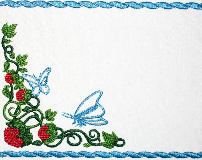 Butterfly & Raspberry embroidered quilt label to customize with your personal message