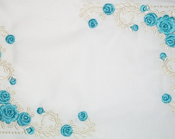 Beautiful Blue Floral filigree embroidered quilt label, to customize with your personal message