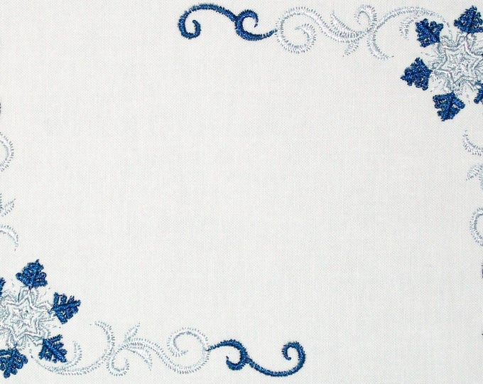 Snowflake filigree embroidered quilt label, to customize with your personal message