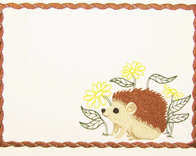 Hedgehog Embroidered Quilt Label to customize with your personal message