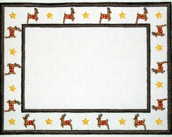 Reindeer and Stars Christmas embroidered quilt label, to customize with your personal message