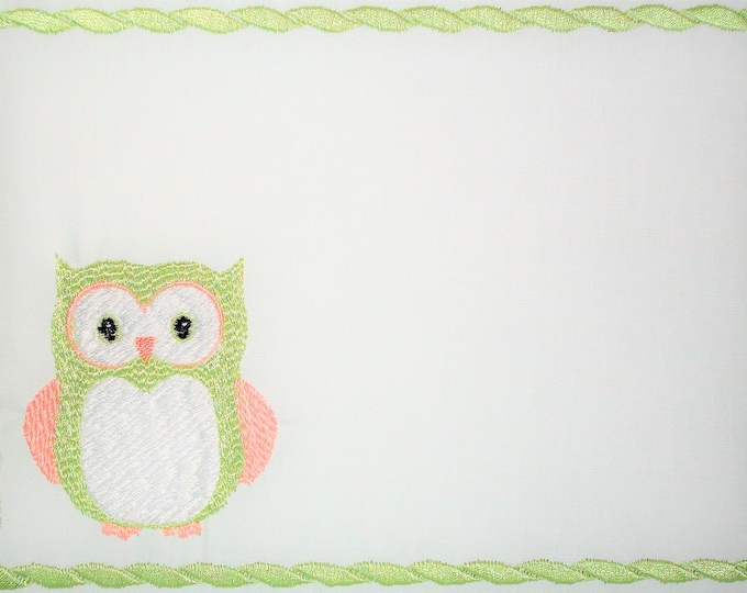 Owl quilt label embroidered to customize with your personal message