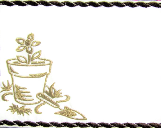 Garden Tools embroidered quilt label to customize with your personal message