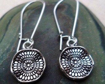 SALE - Wavy Disc Earrings - Dainty Dangle Earrings - Boho drop Earrings - Little Silver Earrings - Dainty Bohemian Jewelry