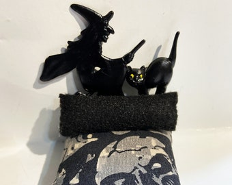Witch, Goth, bed, dollhouse, furniture, miniature, bedroom furniture, Halloween, doll, toy, haunted house, creepy