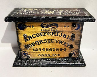 Halloween, fortune telling, Ouija board, Goth, dollhouse, furniture, miniature, bedroom furniture, doll, toy, haunted house, creepy