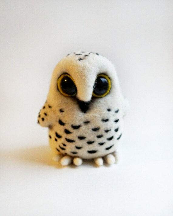Needle felted Snowy owl
