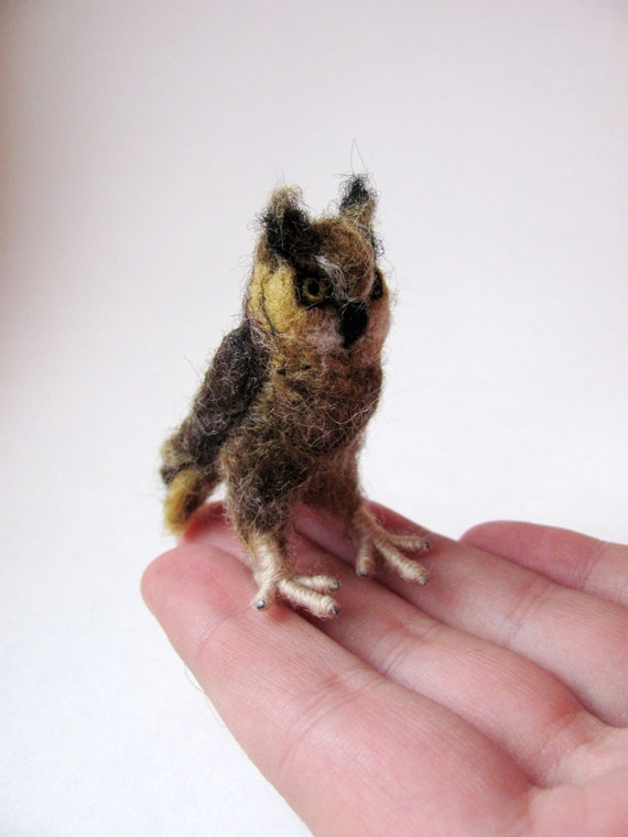 Great horned owl miniature