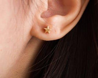 Stella -earrings (16K gold plated star stellar celestial stud post earrings)