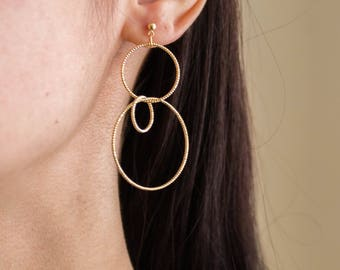 Hydra -earrings ( 16K gold plated twisted rope texture abstract circles geometric post)