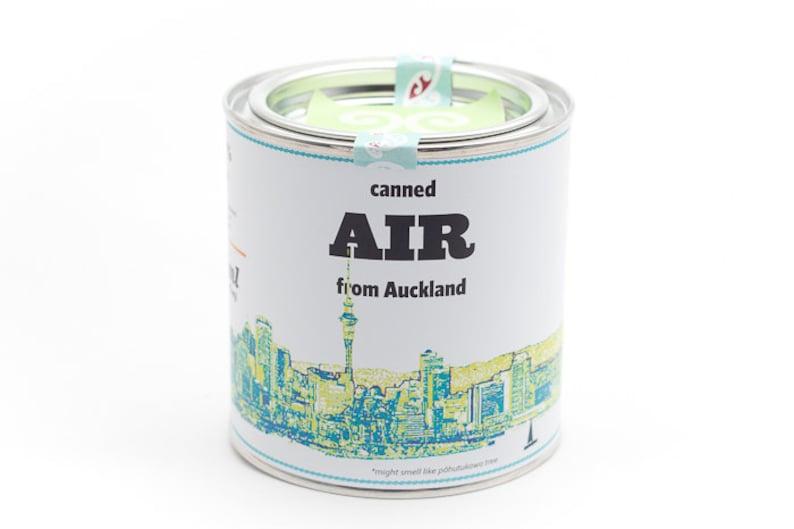 Original Canned Air From Auckland New Zealand gag souvenir image 0