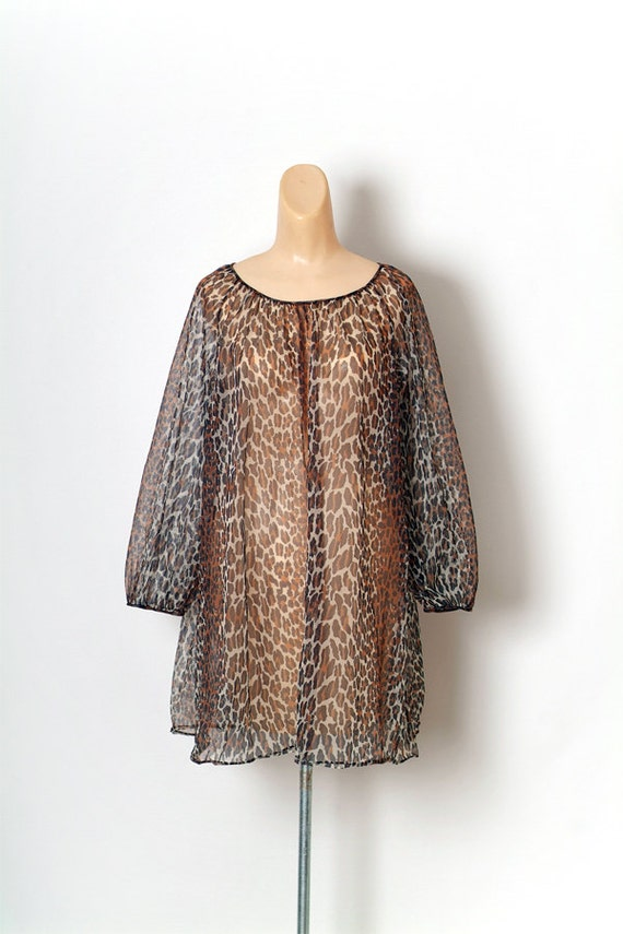Vintage 60s 70s leopard print nightgown / sexy nig