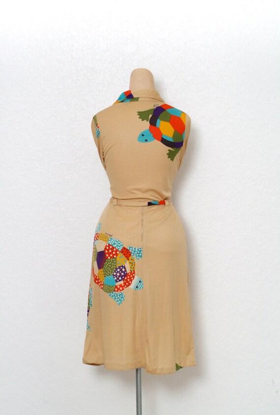 Vintage 70s dress / Novelty Print / Vintage two p… - image 6
