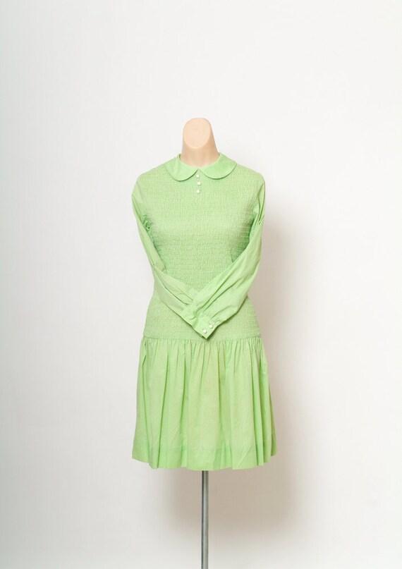 Vintage 60s dress  /  Mod Dress Peter Pan Collar /