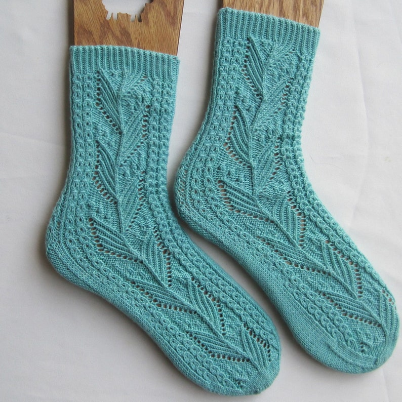 61d6f44e2f1 Knit Sock Pattern: Laurel Nupps and Mock Cable Sock Knitting Pattern