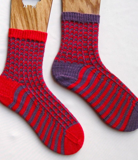 Knit Sock Pattern Easy Two Color Mismatched Socks Knitting Etsy