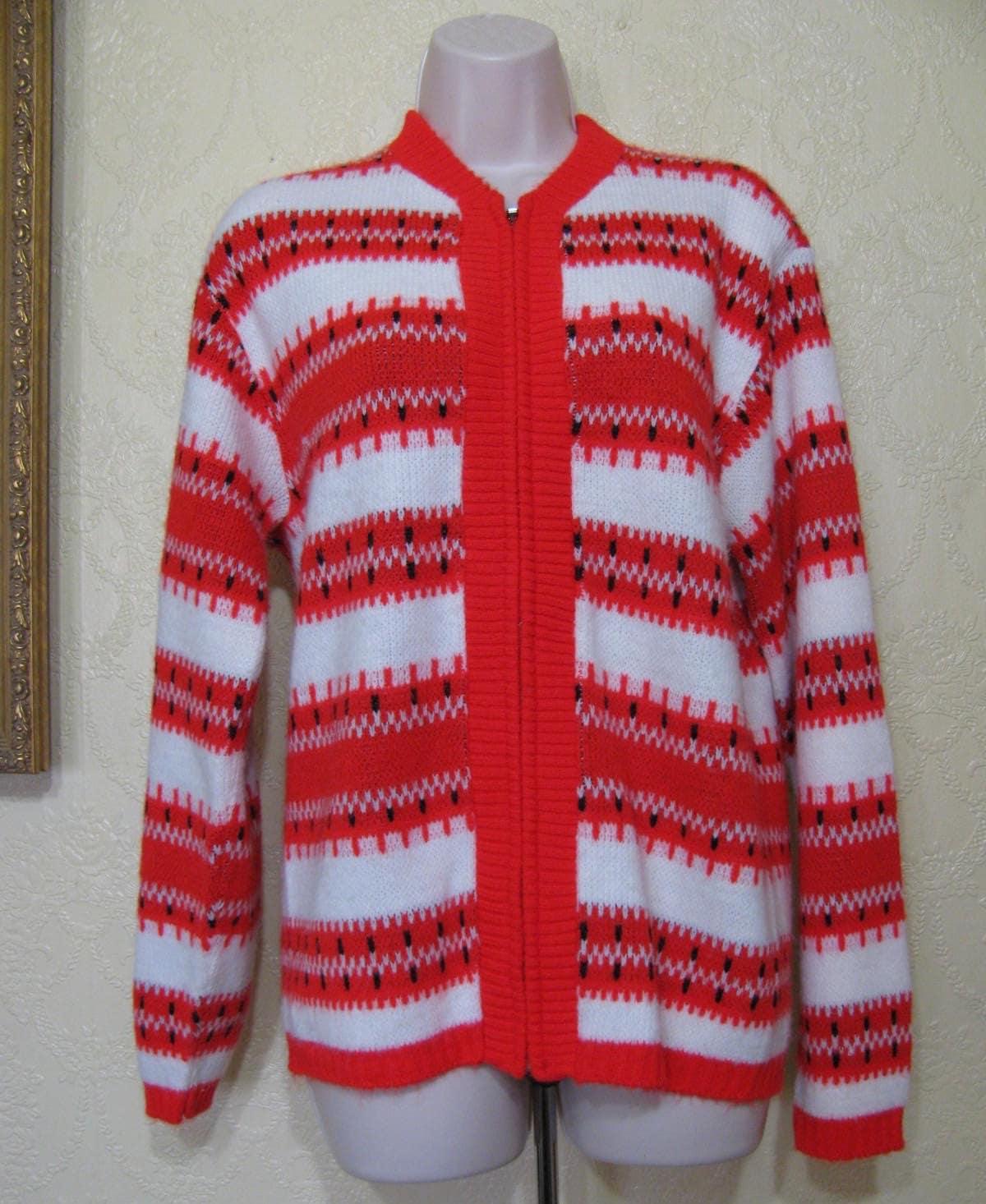 1950s Mens Hats | 50s Vintage Men's Hats 1950s Womens Mens Zip Up Vintage Christmas Sweater Size M Revere Vereloft Sportswear $5.99 AT vintagedancer.com