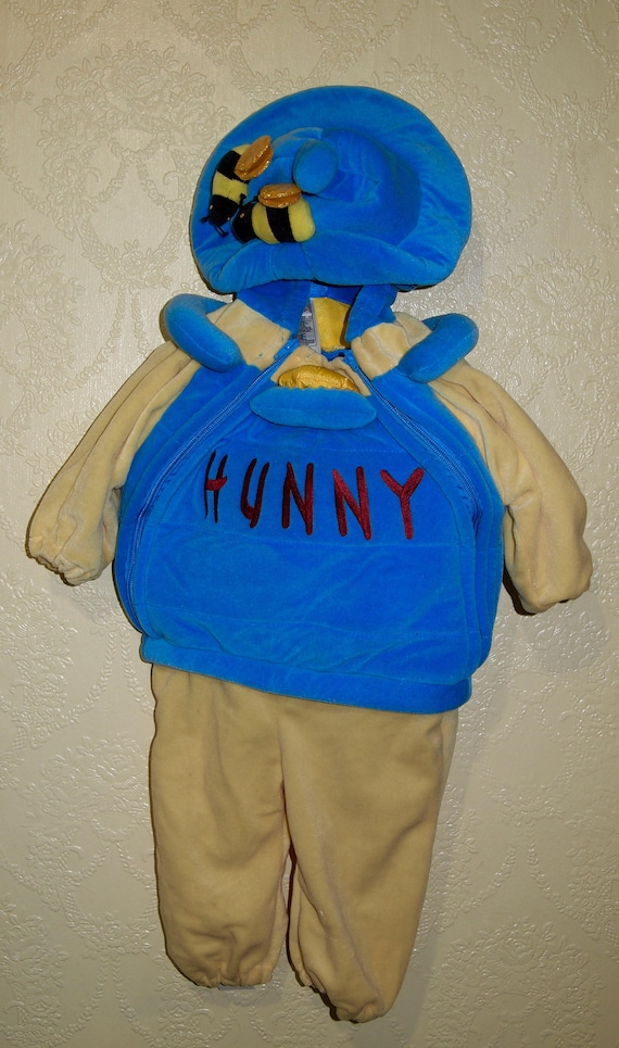 2063114df8dc 6-12 month old WINNIE THE POOH adorable Snowsuit Baby bunting