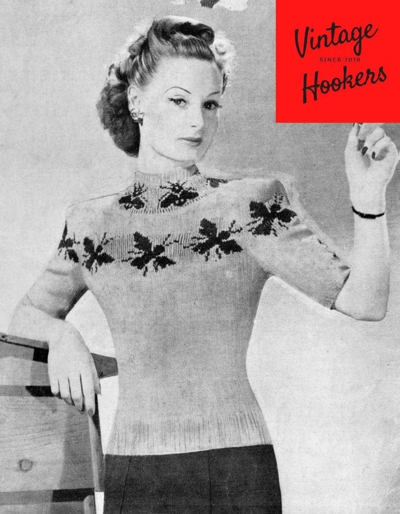 Vintage Knitting Pattern Chest 34 Busy Bee Short Sleeve Mock Turtle Neck Pullover Sweater with Honey Bee Design