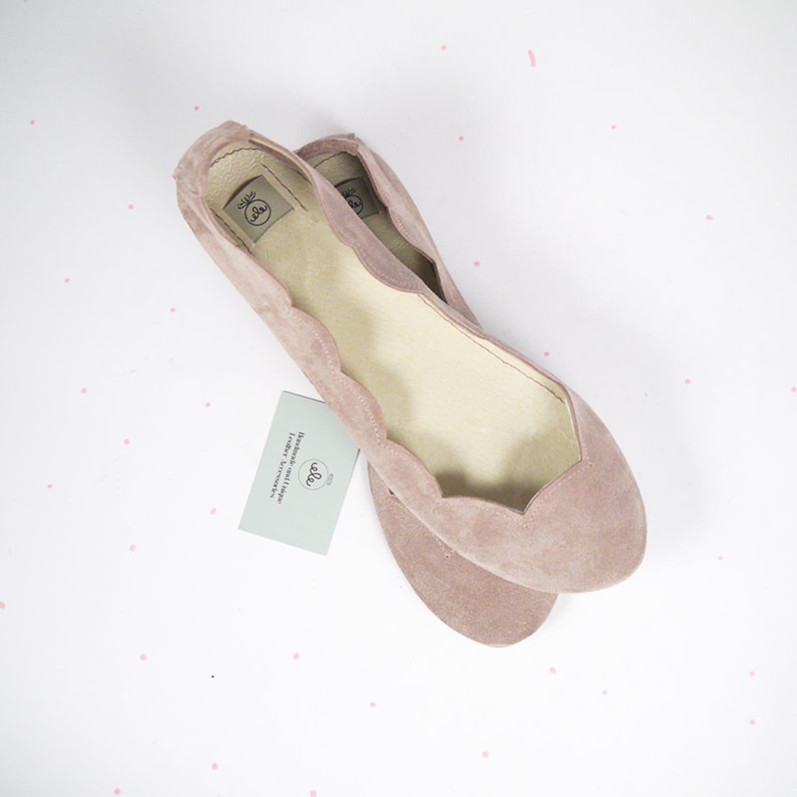 ballet flats shoes. bridal shoes. wedding ballet flats. rose smoke shoes. rose gold wedding. low heel shoes. brautschuhe. chauss