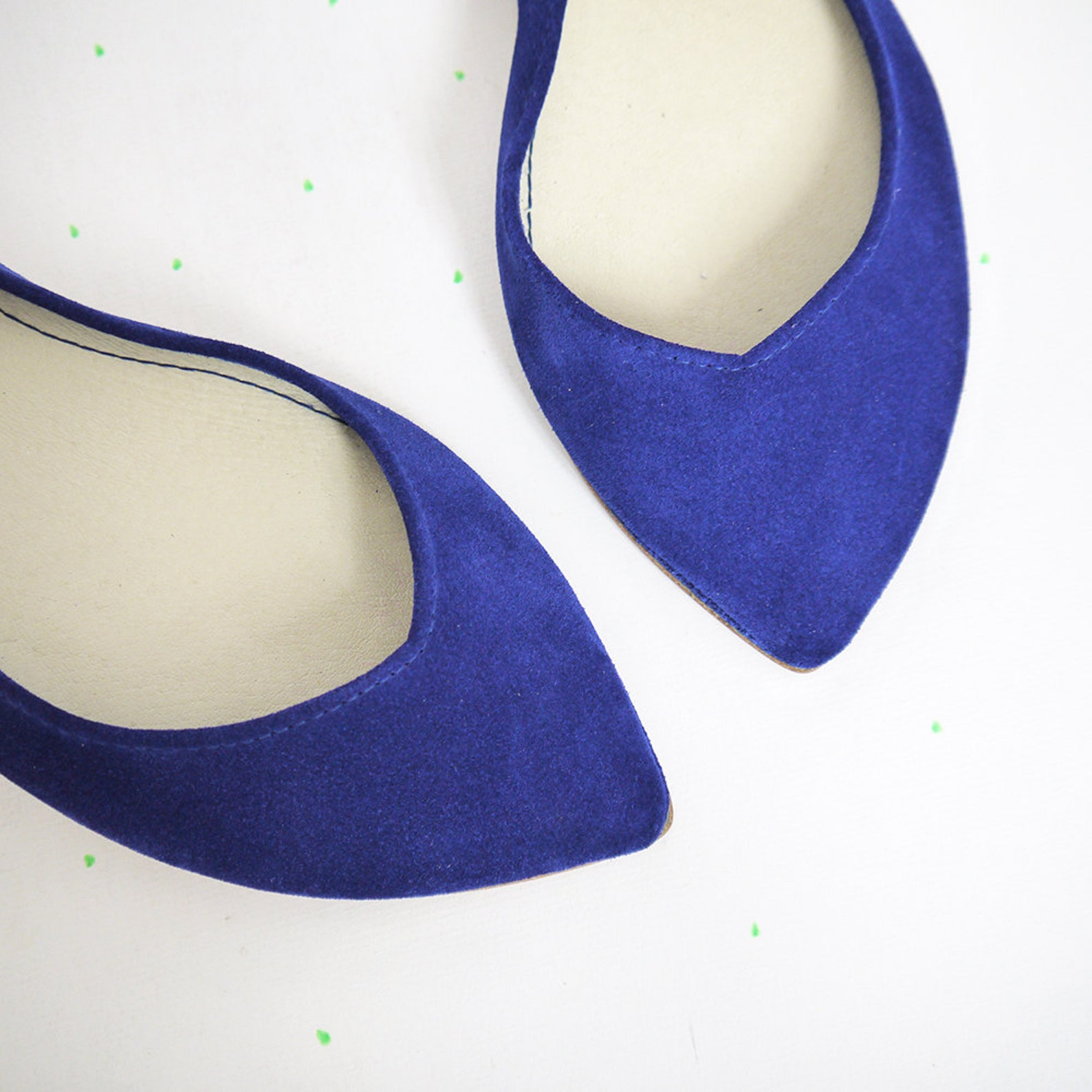 ballet flats shoes. pointy shoes. pointed flats. pointed ballerinas. bridal shoes. wedding shoe. royal blue ballet flats. cobalt