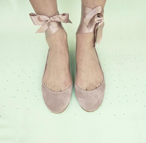 Hochzeit Ballerinas mit Satinband. Hochzeit Schuhe Wohnungen. Brautschuhe. Braut niedrigem Absatz. Leder Ballerinas. Nackte Wohnungen. Elehandmade