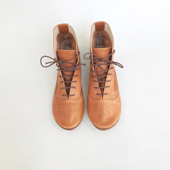 finest selection the best attitude cheapest Women Ankle Boots in Tan Italian Soft Leather - Lace up Booties -  Elehandmade Shoes