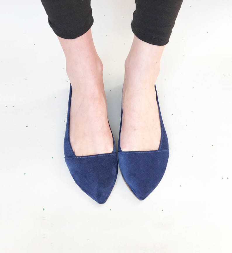 1beb74d0f3ed4 Chaussures D  Orsay. Ballerines pointues. Chaussures