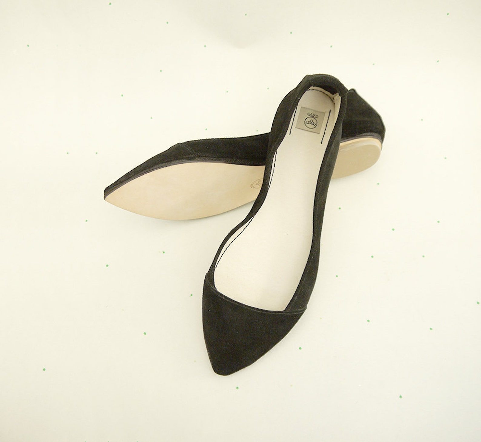 d' orsay shoes. pointy ballet flats. pointy shoes. pointy flats. pointed toe shoes. black ballet flats. bridal shoes. weddin
