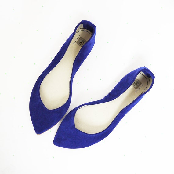 Pointy Toe Ballet Flats in Royal Blue