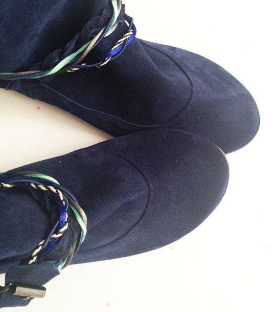 Bottines femme. Bottes en cuir pour femme. Marine Boho Boots. En cuir italien. Bottines tribal. Bottes de Gipsy. Boot ethnique. Navajo bleu bottes