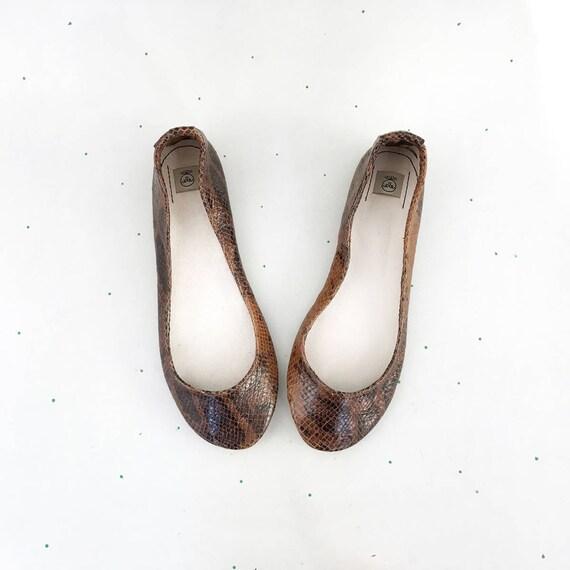 193cf64f535aa3 Chaussures en cuir pour femme. Ballerines pour femme. Ballerines.  Ballerines Ballerines Ballerines à la main. Chaussures en cuir marron.  Chaussures femme.