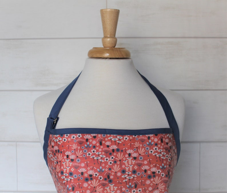 Womens Waterproof Kitchen Apron Organic Cotton Apron in Pink with Mini Flowers