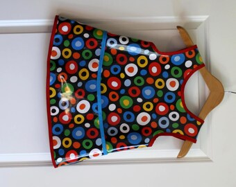 READY TO SHIP 6/7 Criss Cross Back Boys Art Smock Art Apron in Black with Crazy Circles