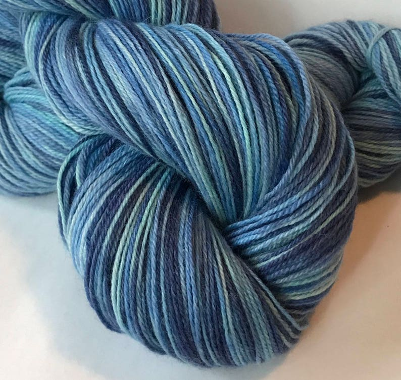 STELLAR Superwash Bluefaced Leicester nylon fingering sock yarn Water