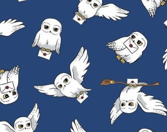 End of Bolt 18 inches exactly Harry Potter Hedwig 23800249-3 Wizarding world / Harry Potter  Fabric - Camelot Fabrics