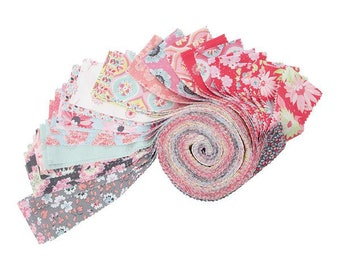 Sue Daley - Paper Daisies  For Riley Blake - Rollie Polie / Jelly Roll - 40 Pieces