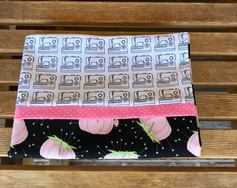 Pillowcase - Sewing Enthusiast- Sewing  Machine And Pincushions