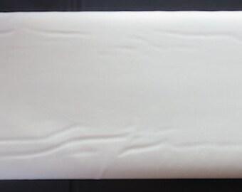 Moda Bella Solids Bella Solids - Ivory 990060