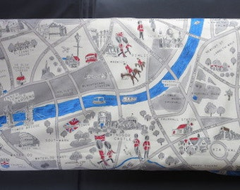 Moda's Passport Fabric - Novelty London Map Multi - 33012 15
