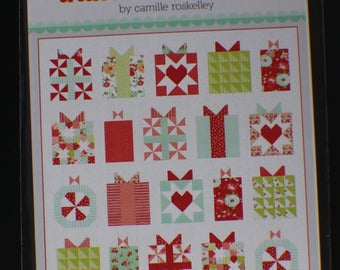 Handmade With Love Quilt Pattern - Thimble Blossoms - Bonnie And Camille Pattern 210