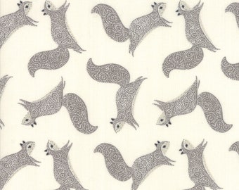 Bramble Cream  48283 21 Moda - Gingiber Novelty Squirrels Grey