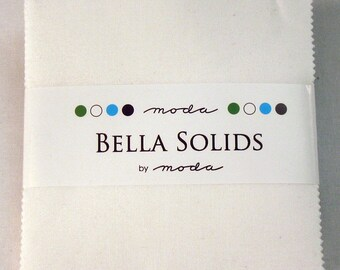 Moda Charm Pack - Bella Solid White 98 Charm Pack - 5 Inch Squares