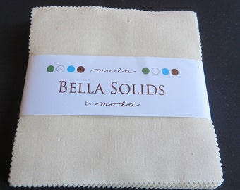 Bella Solids Fig Tree Cream Charm Pack - Moda - 9900PP67