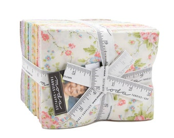 Moda by Brenda Riddle - Finnegan Fat Quarter Bundle - 30 Pieces