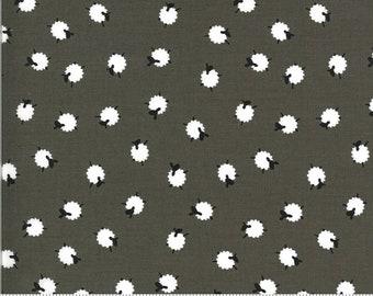 1 Yard BAH BAH BABY Sheep in the Field Jill McDonald Gray Blue Charcoal Wool Farm Animal Modern Baby Nursery Children Pastel 50829-2 Gray