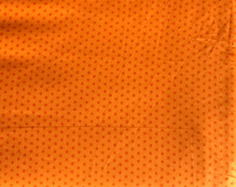 Spot On - Small Dots  EZC12873-8 - Robert Kaufman - Orange